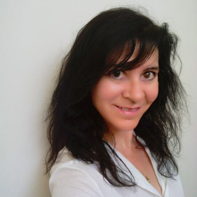 Carmen Carayol Abogada